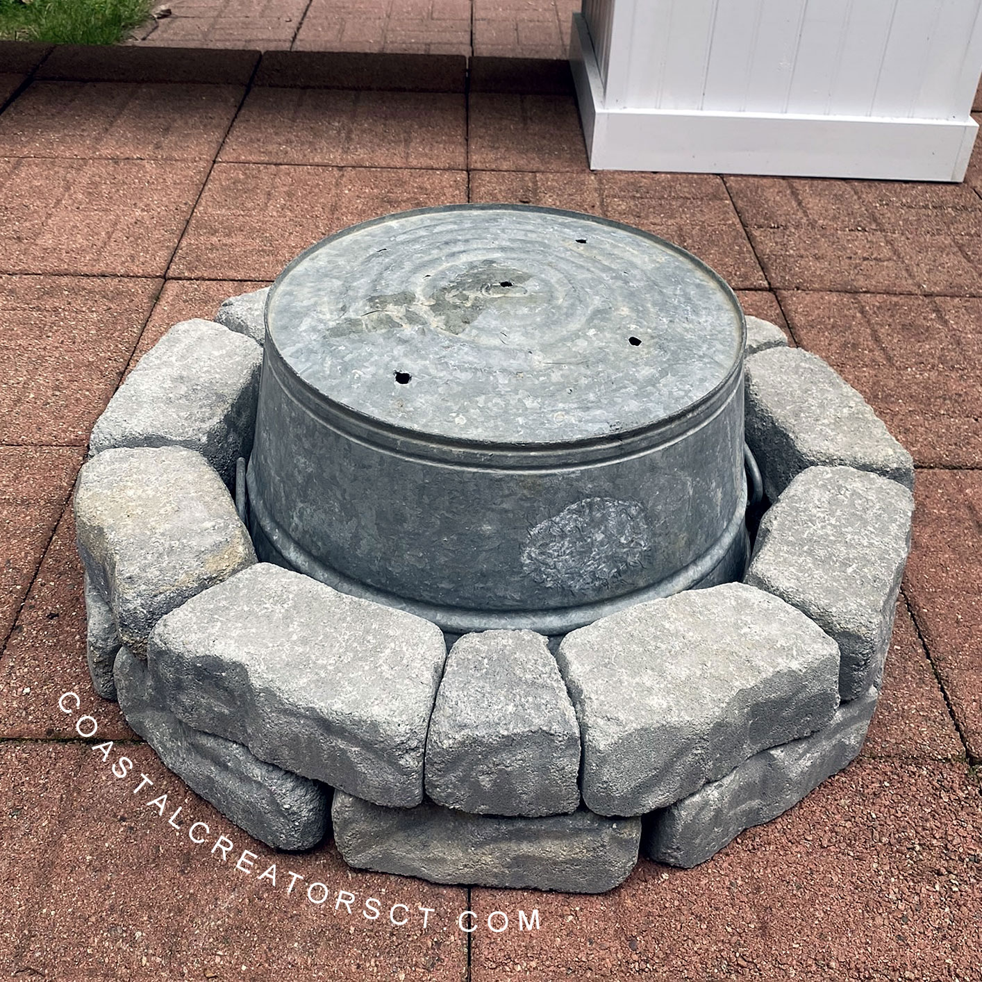 How to Build a Backyard Fire Pit in One Hour